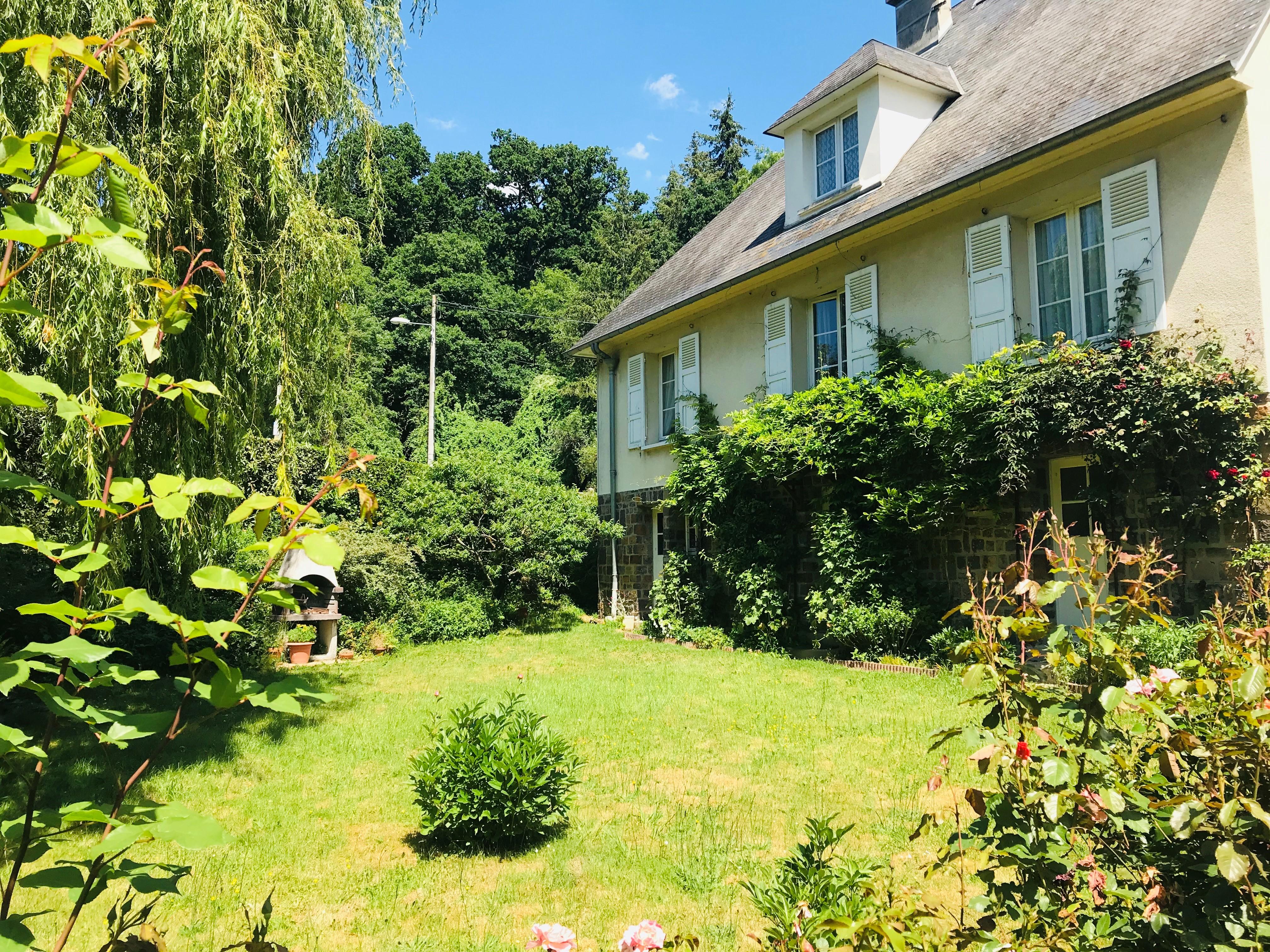 Maison – 6 pièces – 160 m² – Proche Thury-Harcourt